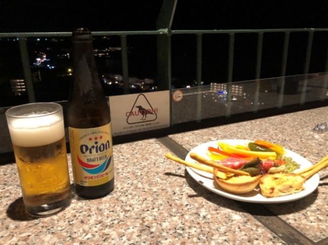 オキナワマリオットリゾート&スパのラウンジビール