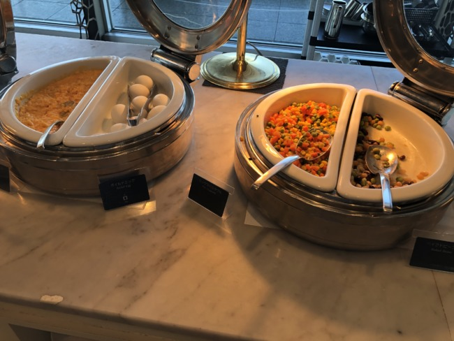 名古屋マリオットアソシアホテルの卵料理と豆料理