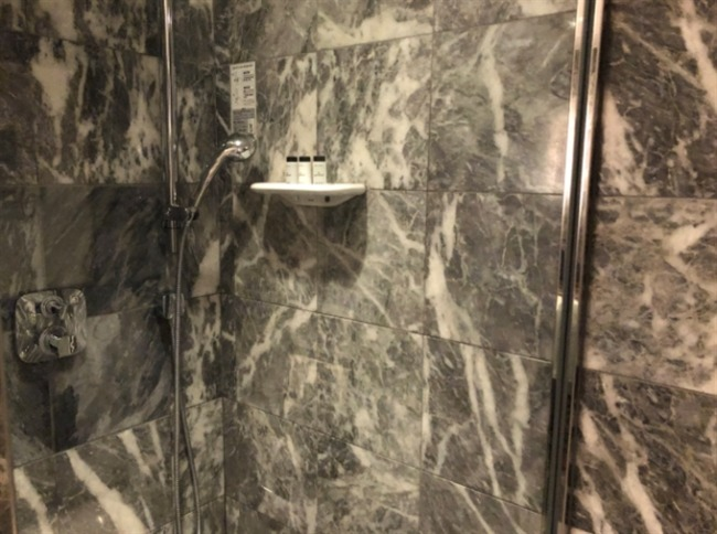 神戸ベイシェラトンのシャワー