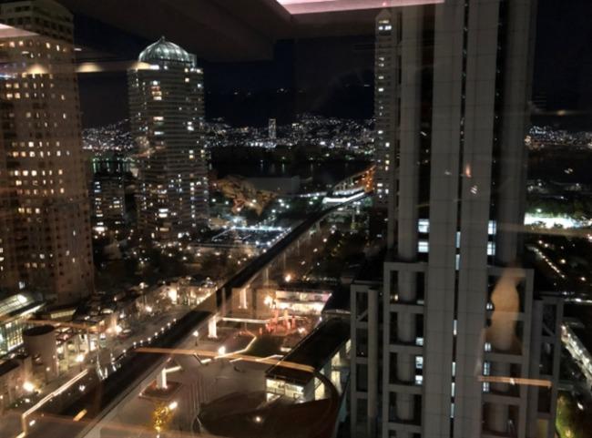 神戸ベイシェラトン ラウンジからの夜景