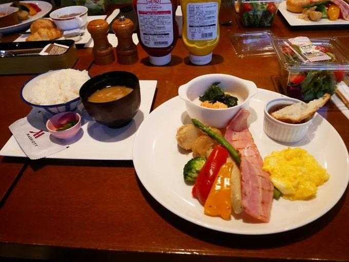 軽井沢マリオットホテルの朝食(和食)